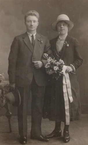Jacob Hiemstra & Baukje Hoekstra on their wedding day on 28 May 1927